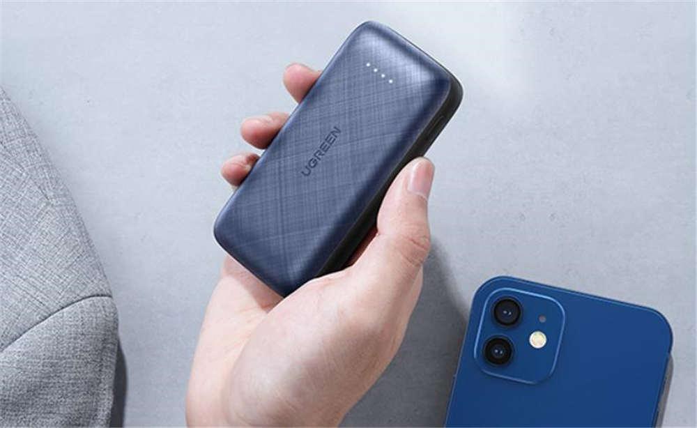 轻巧便携 它们是最搭iPhone 12mini的配件
