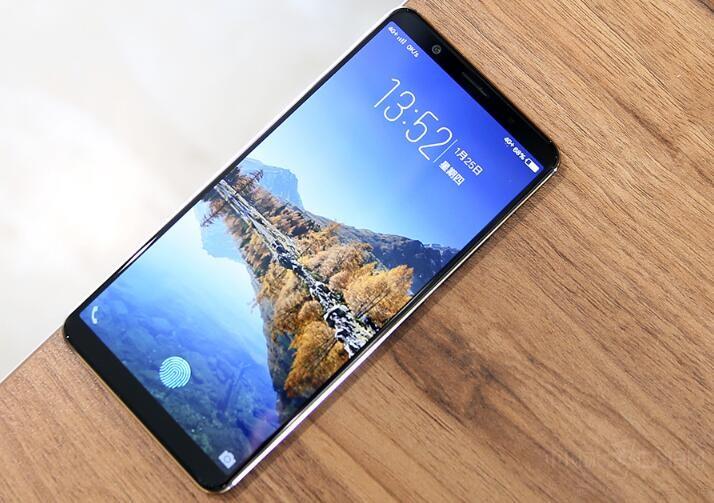 细数人气最火的黑科技手机 你最着迷哪款?