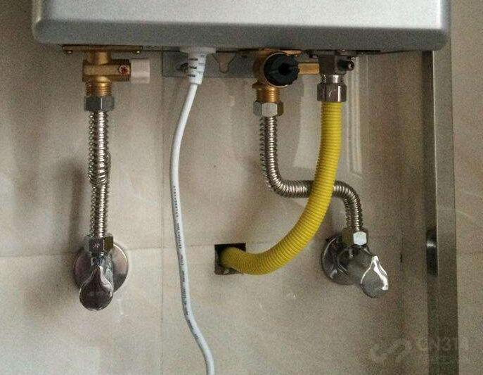 为什么我说燃气热水器比电热水器更省心?