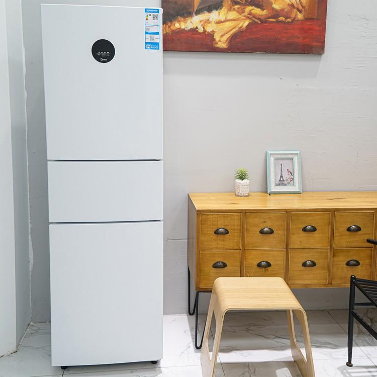 我家厨房特别温馨的三门冰箱,来晒一晒