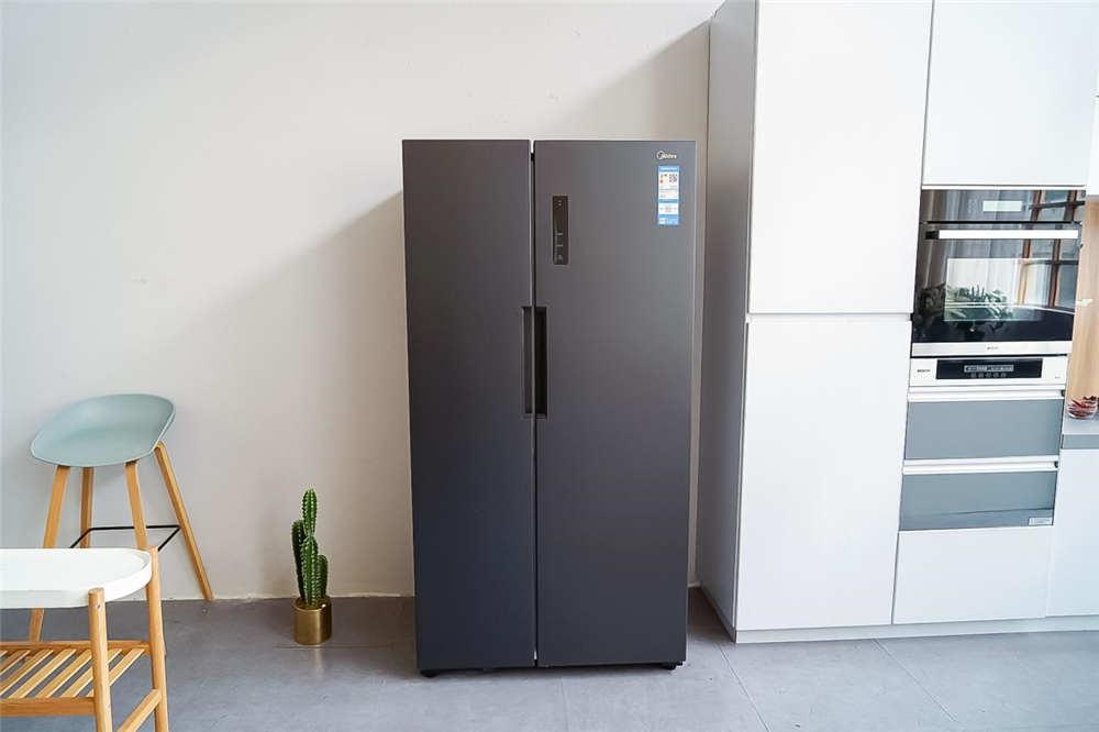 美的545升冰箱:保鲜,葡萄柚最有发言权