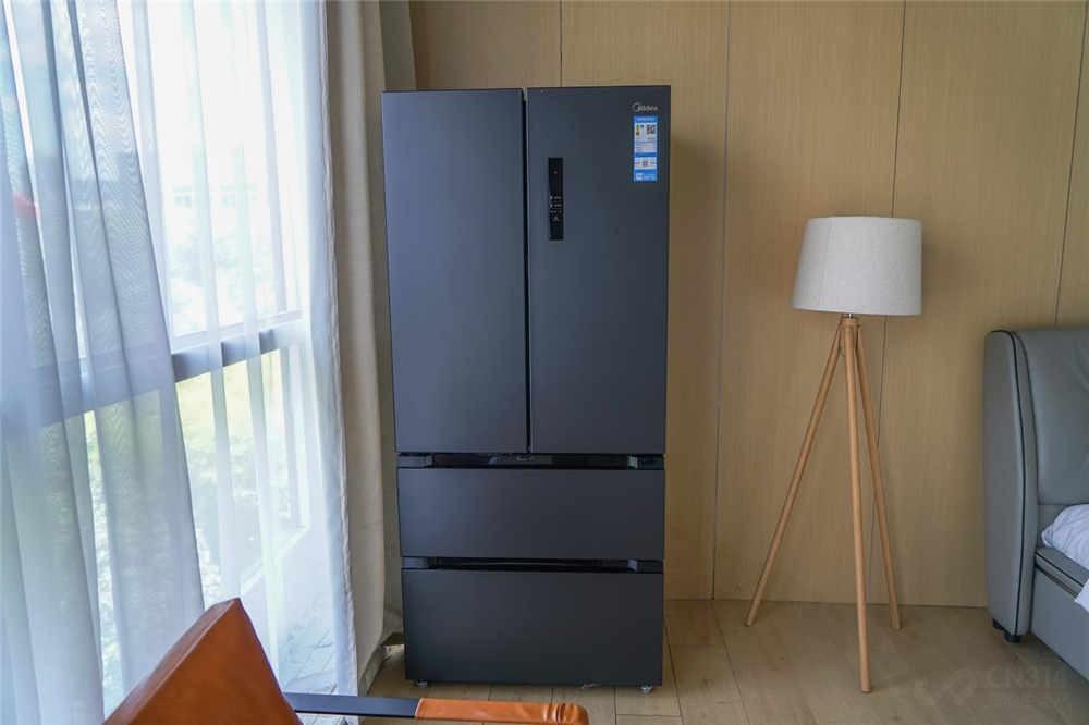新冰箱保鲜芹菜24h,水分挥发竟这么少?
