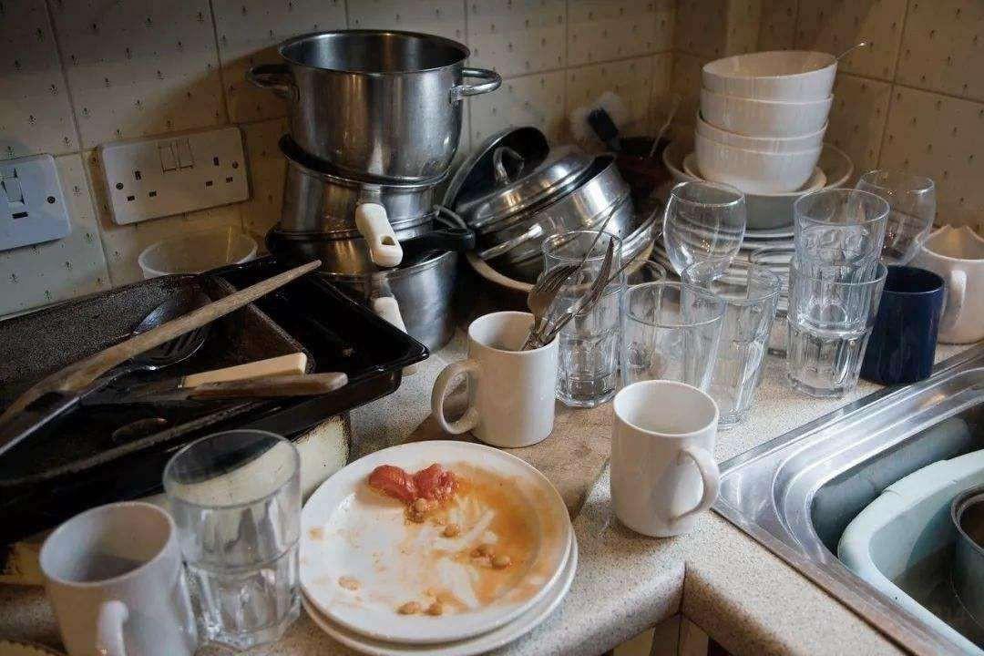 超多油污都能洗净,这台洗碗机有点厉害!