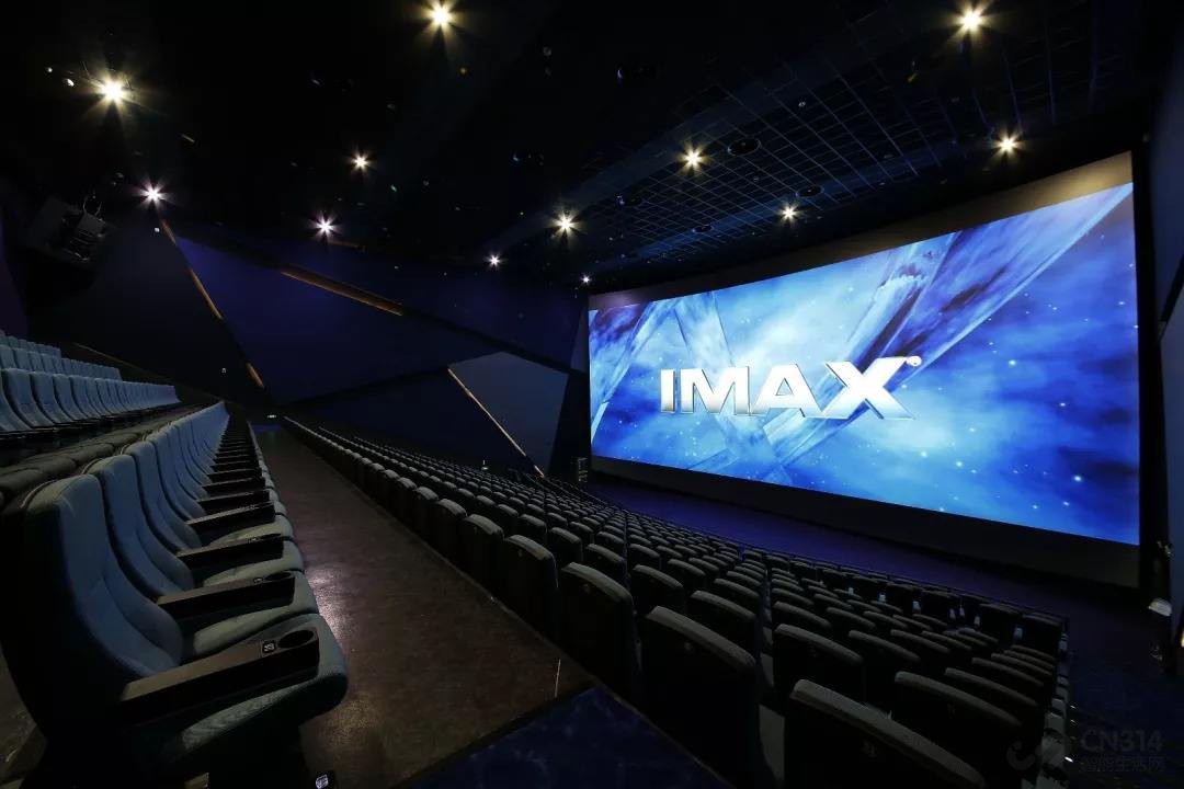 想在家建个IMAX,电视得符合哪几点要求?