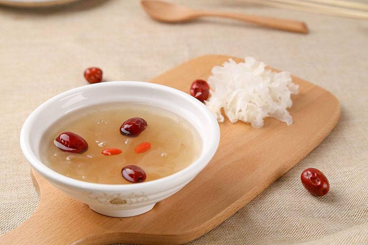 夏天健康易流失 每天一碗汤让生活更滋润