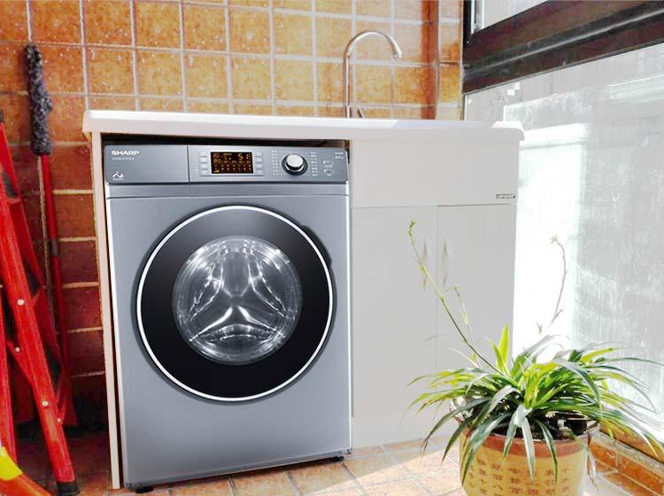 """洗衣机伤衣是""""片面认知"""" 滚筒洗衣机不伤衣"""
