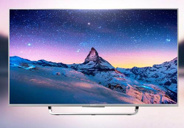 电视边框线条设计柔美,银黑两色相得益彰,流畅的机身线条让电视宛若一