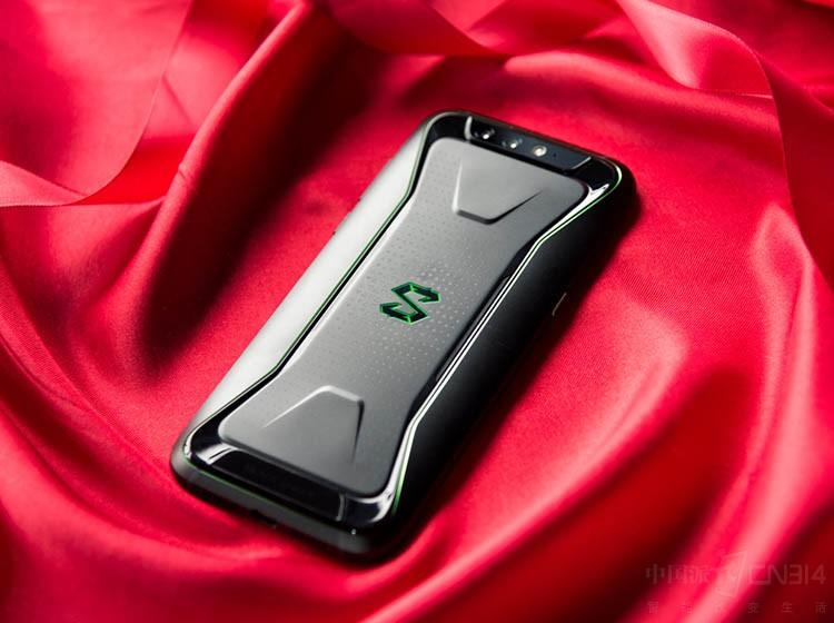 游戏手机就更耗电? 红魔黑鲨用行动说不