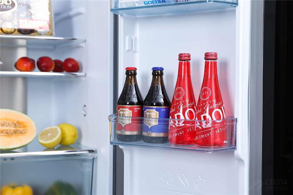 果汁不封口放进冰箱,一天后会挥发多少?