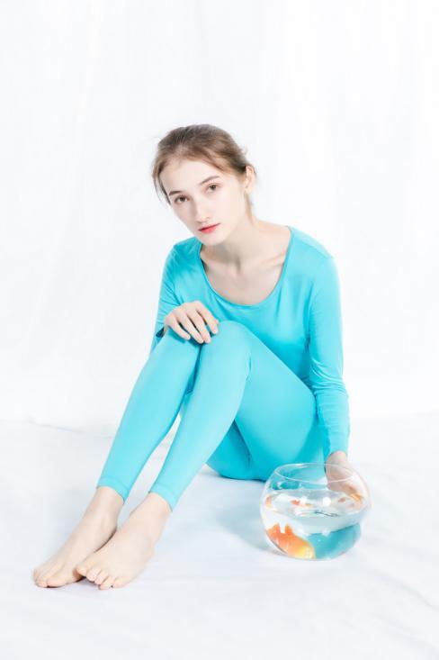 轻薄时尚蒛一Warm+抗菌薄暖衣美图赏析